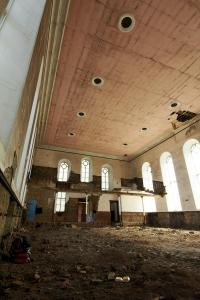 castlehead-church-inside-gutted-1 35202451793 o