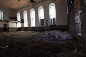 castlehead-church-inside-gutted-2 35202449023 o