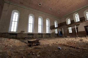 castlehead-church-inside-gutted-47 35879818101 o