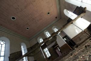 castlehead-church-inside-gutted-61 35173619164 o