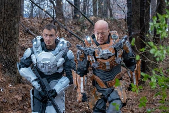 Cosmic Sin' Review: Frank Grillo And Bruce Willis Commit 'Cosmic Sin' In  Sci-Fi Dumpster Fire
