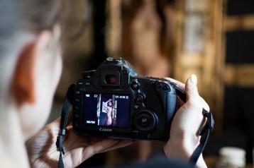 Phi, gdybym miał 85mm f1.2 Canona, też bym takie zdjęcia robił.