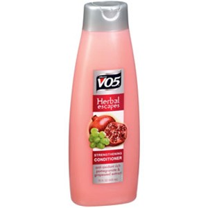VO5 Herbal Escapes Strengthening Conditioner