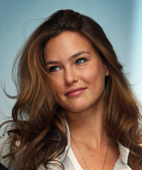 Model Refaeli's plan failed to have drones, helicopters & hot air balloon for photography & security for wedding (4)