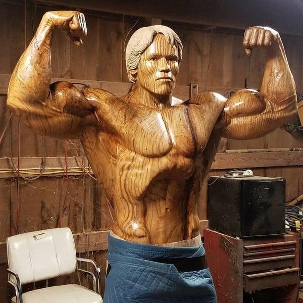 Arnold z drewna