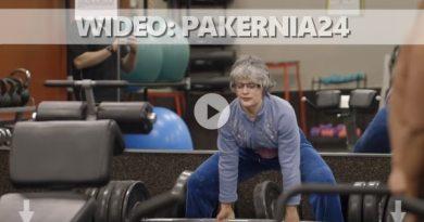 babcia na siłowni prank