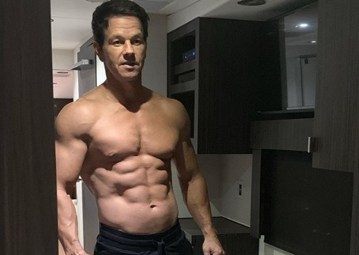 Mark Wahlberg aktor 48 lat sztos