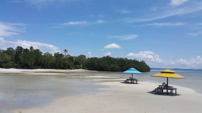 Paket Satu Hari jadwal paket Pulau Leebong Belitung Seru dan Menyenangkan