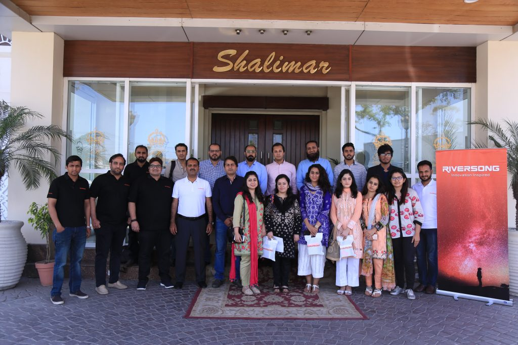Leading smartphone accessories manufacturer arranged Bloggers meetup session in Lahore