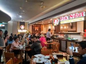 Bebek dan ayam goreng pak ndut Jakarta