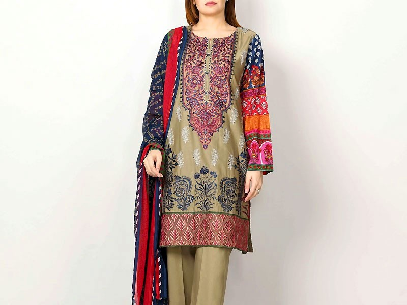 Embroidered Lawn Suit 2021 with Chiffon Dupatta Price in ...