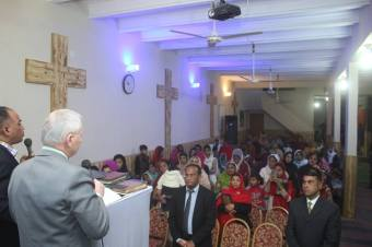 Bro Krzok at Pak Tabernacle Mehran Town Karachi
