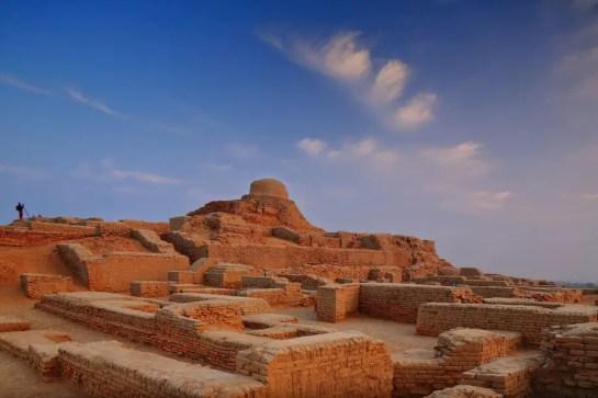 pakistan tourist attractions , Pakistan tour guide , pakistan famous places