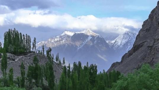 Pakistan tour guide , pakistan famous places
