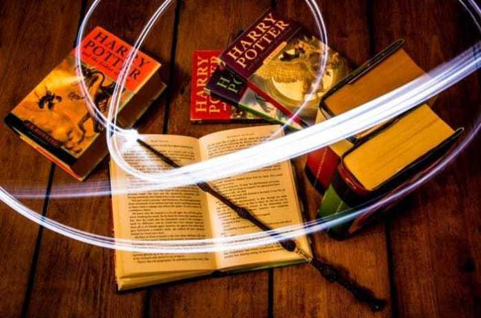 Harry Potter, J.K Rowling, must read before you die