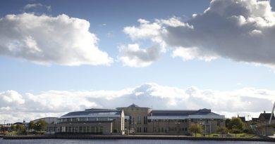 Queen's Campus riverside