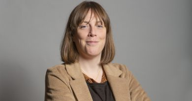 """Jess Phillips: """"It's shit being an opposition MP"""""""