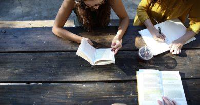 Escaping exam season through reading