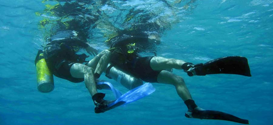 PADI Rescue Diver Course - Tired Diver Tow