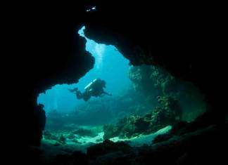 private diving boat trip cave diving