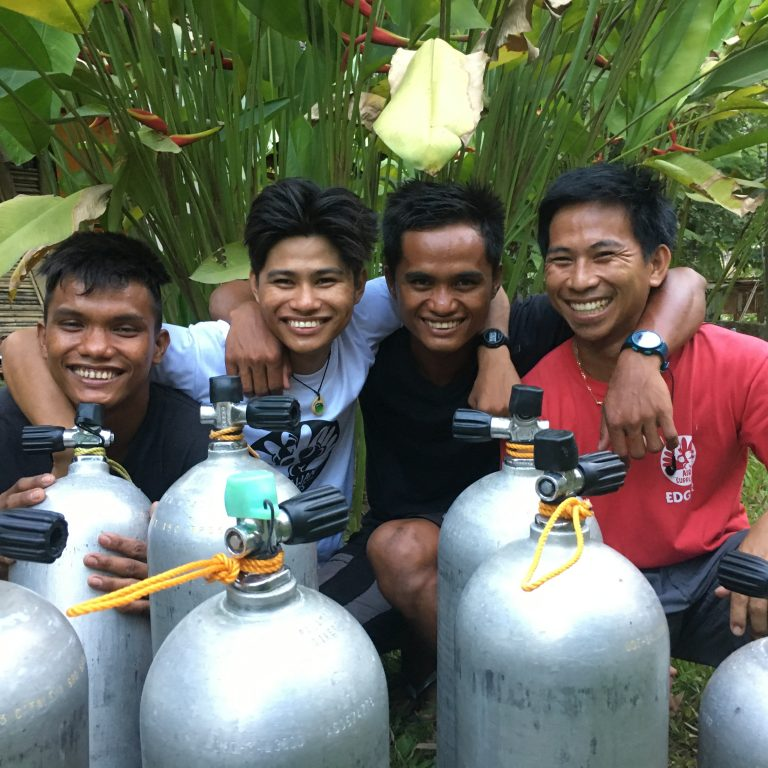 palawan divers compressor team