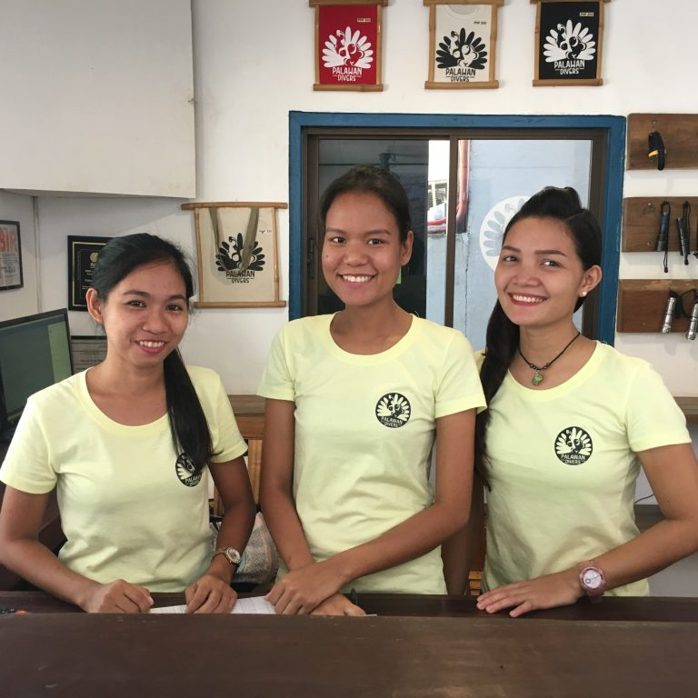 palawan-divers-office-team