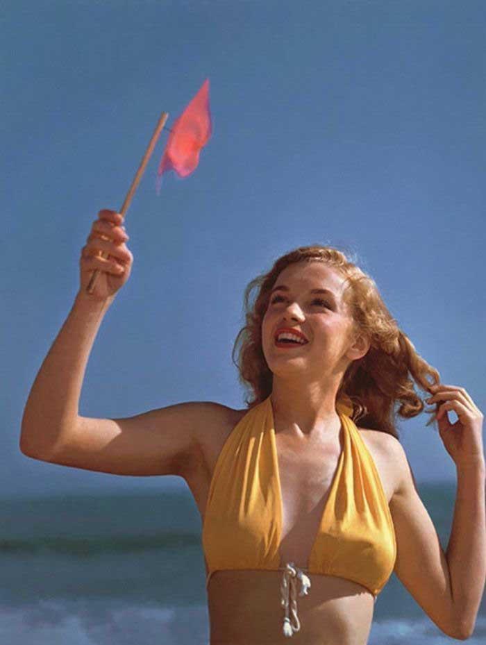 Marilyn Monroe, le foto sexy a 19anni, vendute all'asta
