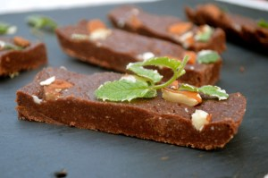 MINT CHOCOLATE FUDGE BARS