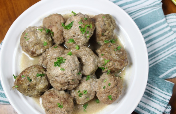 Slow Cooker Swedish Meatballs: Paleo and Whole30