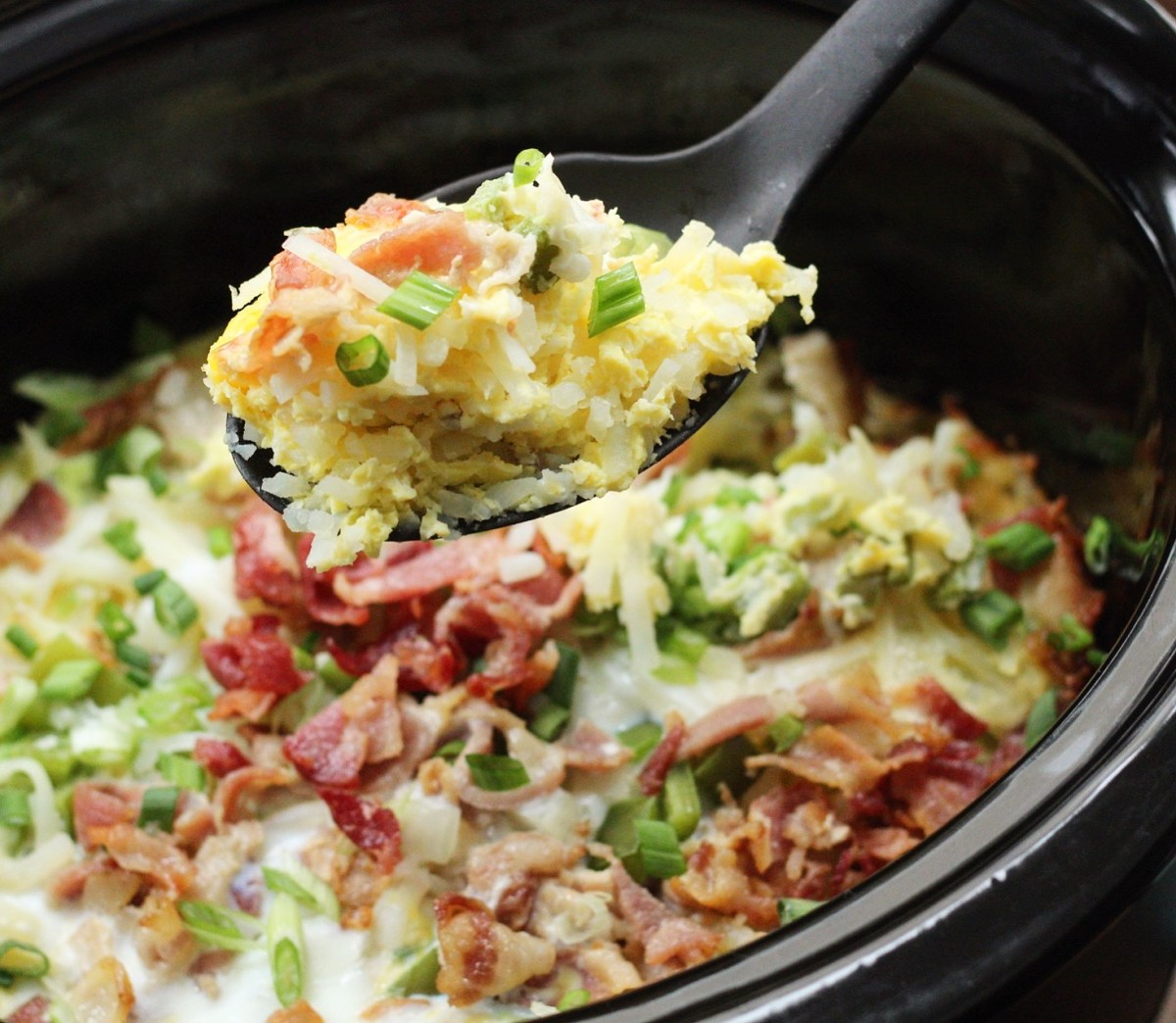Whole30 Slow Cooker Egg Bake with Bacon & Hash Browns