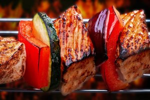 PaleoNewbie - foods to eat and avoid on the paleo lifestyle