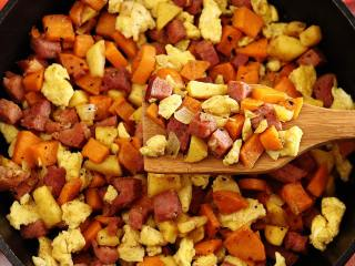 Ham, Apple & Sweet Potato Scramble