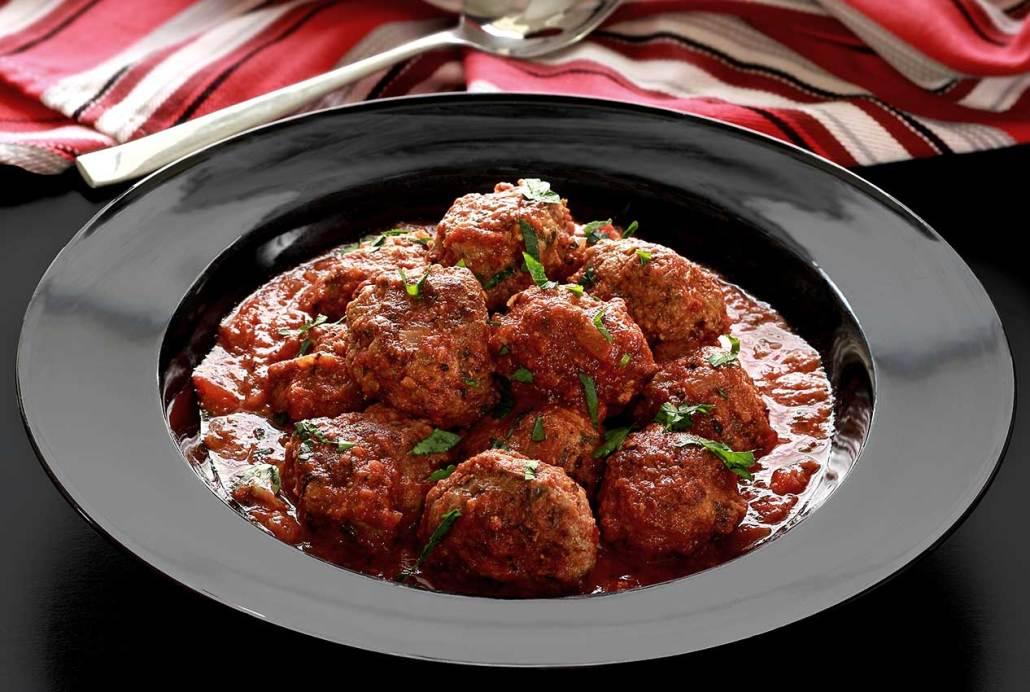Crock Pot Paleo Italian Meatballs in Marinara Sauce | Paleo Newbie