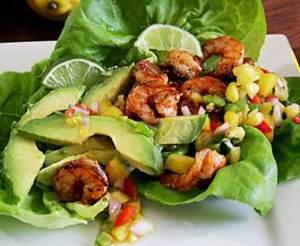Paleo recipe for spicy shrimp paleo wrap