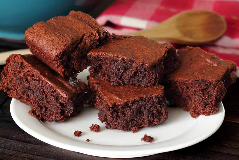 easy paleo recipe for moist and dense brownies