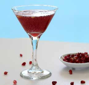 easy paleo pomegranate cocktail recipe