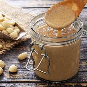 easy paleo recipe for delicious Macadamia nut butter