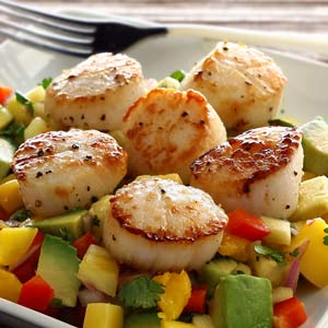 easy paleo recipe for scallops with salsao