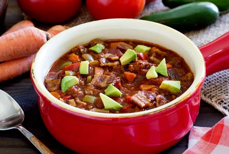 simple paleo recipe for slow-cooked chili