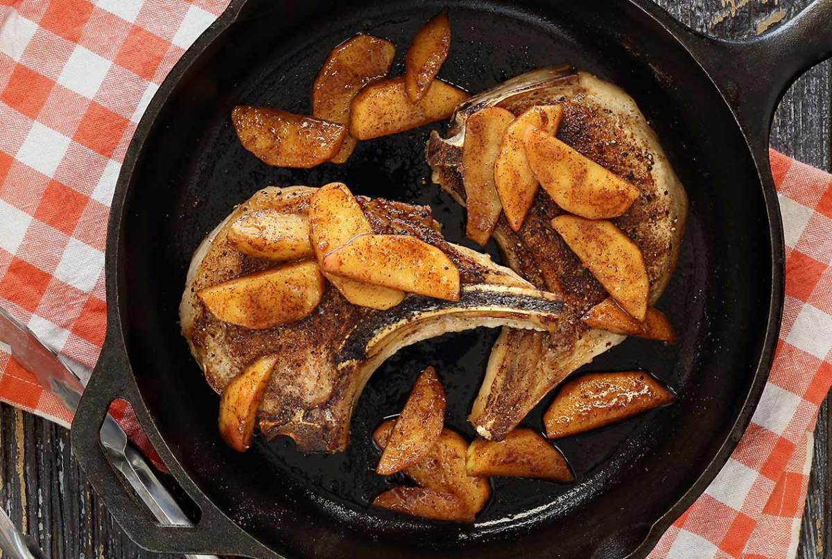 Easy paleo recipe for Paleo Moroccan Spiced Pork Chops with Sautéed Apples