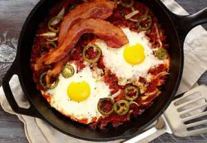 easy huevos rancheros paleo style breakfast
