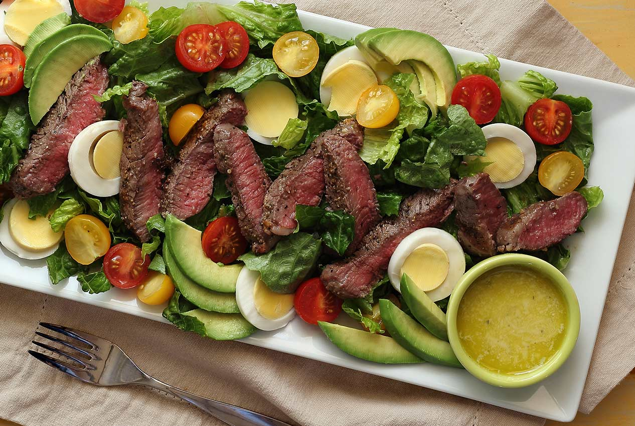 easy paleo recipe for a steak salad with dressing