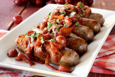 easy paleo recipe for Italian paleo skillet meal with sausages, grapes and carmelized onions