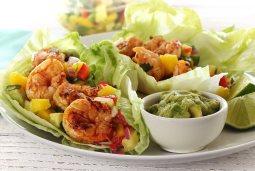 simple paleo recipe shrimp wraps spicy with salsa
