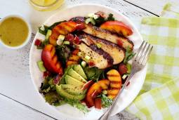 grilled chicken and peach salad with honey lime vinaigrette