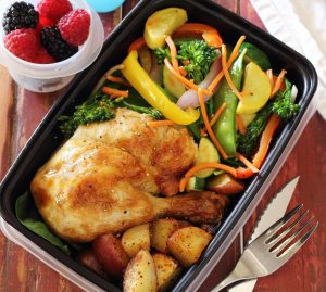 meal prep chicken leg dinner