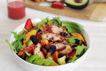 easy paleo salad with chicken, summer berries, and a simple recipe for a strawberry vinaigrette
