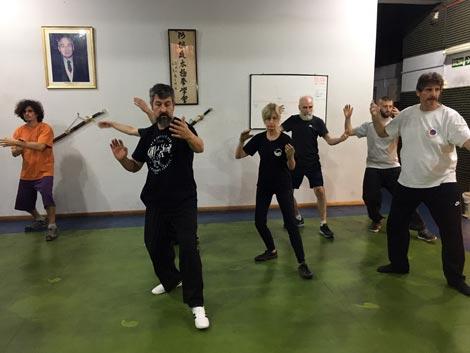 Clase de Tai Chi Chuan en la Escuela Ma Tsun Kuen de Palermo