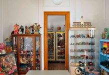 biblioteca y tienda de antigüedades El juguete ilustrado