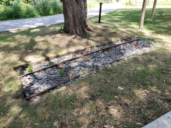 Ecoparque - Trozo de vía del viejo trencito